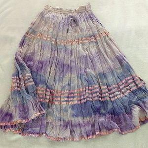 Broomstick skirt